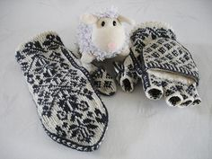 free pattern ♥ 4000 FREE patterns to knit ♥ http://pinterest.com/DUTCHYLADY/share-the-best-free-patterns-to-knit/