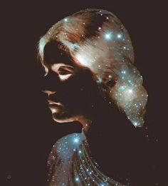 """""""O cosmos está dentro de nós, somos feitos do mesmo material das estrelas. Somos uma maneira do cosmos conhecer a si mesmo."""""""