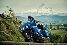 2020 Yamaha Star Venture Transcontinental Touring Motorcycle - Model Home Touring Motorcycles, Motorcycle Touring, Sportbikes, Bobber, Dream Big, Yamaha, Photo Galleries, Sporty, Adventure