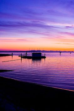 Gorgeous picture! Crescent Beach, Surrey BC, Canada spent family outings here now and again