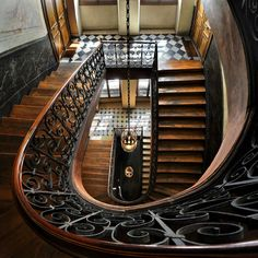 bluepueblo:  Stairway, Galerie Vivienne, Paris, France photo via gordon