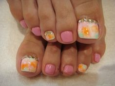 toe nail art | Qikkwit