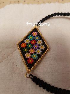Seed Bead Jewelry, Bead Earrings, Beaded Jewelry, Handmade Jewelry, Beaded Bracelets, Bead Crochet Patterns, Beading Patterns, Beading Projects, Beading Tutorials
