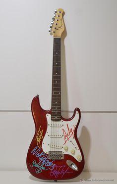 DURAN DURAN- Guitarra firmada por todo el grupo original x 5 / Instrumentos musicales