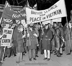 British Politics - Protests and Demonstrations - Anti-Vietnam War - London - 1965   Marchers in London call on the US government to end the war in Vietnam.