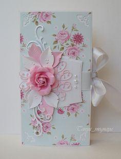 Коробочка, оформленная бумагой Tilda Flower garden, любимые вырубки, жидкий жемчуг и цветок Prima.