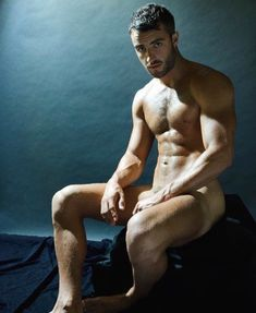 Posts about hot guys written by Eli Spiritweaver Muscle Hunks, Muscular Men, Smart Jokes, What Is Tumblr, No One Loves Me, Sexy, Hot Guys, Naked, Lisa