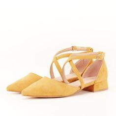 Pantofi galben mustar cu toc mic Carmen Flats, Sandals, Shoes, Fashion, Loafers & Slip Ons, Moda, Shoes Sandals, Zapatos, Shoes Outlet