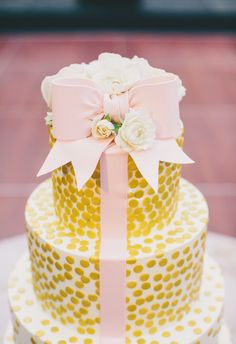 Gold, polka dots, blush bow // Hyer Images