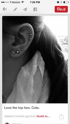 30 Cute and Different Ear Piercings - Sortrature Are you interested in body modification? Ear piercing is one of the best kind of it. Having piercings in different parts of your ear other than your lobes Ear Peircings, Cute Ear Piercings, Body Piercings, Piercing Tattoo, Cartilage Piercings, Upper Ear Piercing, Ear Jewelry, Body Jewelry, Jewellery