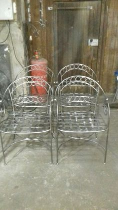 Welded Furniture, Iron Furniture, Steel Furniture, Metal Fabrication Tools, Wrought Iron Candle Holders, Wrought Iron Decor, Metal Bending, Metal Working Tools, Iron Work