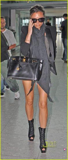Short shorts, heels & scarf. #OuterwearKisyovaLazarinova