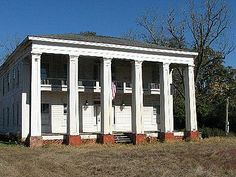 1840, 235 College St, Cuthbert, GA 39840. You can click for photos of the interior... this would be such a cool house to restore. Greek Revival Architecture, Types Of Architecture, St Cuthbert, Abandoned Plantations, Greek Revival Home, Old Cabins, Antebellum Homes, Georgia Homes, Southern Homes