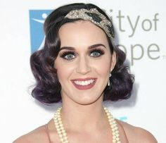 katy perry flapper makeup and lashes...