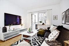 Ikea rug, similar size living room