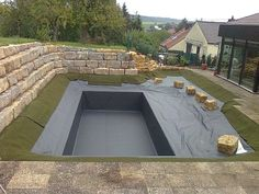 Schwimmteich in Bauphase pool backyard Backyard Pool Designs, Swimming Pools Backyard, Backyard Landscaping, Natural Swimming Ponds, Natural Pond, Backyard Sitting Areas, Piscine Diy, Mini Pool, Pond Design