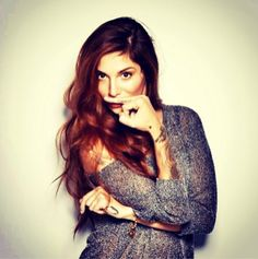 Love her hair Beautiful Christina, Christina Perri, Wedding Tattoos, People Magazine, Wedding Art, Celebrity Babies, Music Tv, Celebs, Celebrities