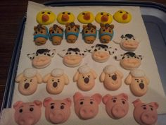 Farm animals cupcakes toppers