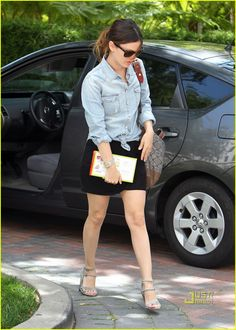 rachel-bilson-denim-shirt-wedge-heels-niketown