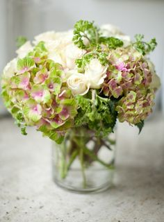 AT HOME WITH JEMMA: Finding The Perfect Flower Arrangement
