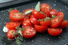 tomatoes for tomato basil pizza by daveleb, via Flickr