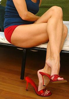Red mules and great legs