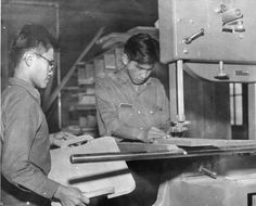 Residential School Report Just Beginning Of Canada's Healing: Survivors----The carpentry shop at a Kamloops, B., residential school in the late Woodworking Guide, Custom Woodworking, Woodworking Projects Plans, Residential Schools Canada, School Images, Anglican Church, Denial, British Columbia, Healing
