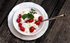 Risoto caprese com mussarela de bfala, tomate cereja e manjerico da Isadora Becker para Tramontina Receitas que Brilham (Foto: Frederico Leonardo Dora)