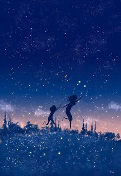 They're back!! No matter how old I am, each time I see fireflies it makes my heart beat faster, just like when I was a kid . I always think that feeling is gone forever and boom, it comes out...