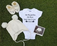 Spanish onesies, Pregnancy Reveal onesies, and more! Cute Baby Announcements, Pregnancy Announcement Cards, Surprise Pregnancy, Cute Onesies, Baby Gender Reveal Party, Niece And Nephew, Future Baby, Baby Boy Shower, Baby Photos