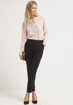 Vero Moda VMRORO - Trousers - black - Zalando.co.uk