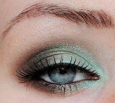 perfect lashes, perfect shimmer, perfect color