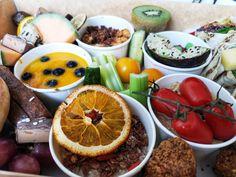 Brunch Lieferservice: Bali Box Frühstück für daheim - The Chill Report Brunch, Acai Bowl, Bali, Breakfast, Food, Fine Dining, Vegan Breakfast, Eat Clean Breakfast, Home Made