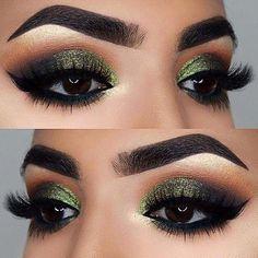 Eyeshadow Looks 21 Stunning Fall Makeup Looks Green Glittery Eye Makeup Look for Brown Eyes www. 21 Stunning Makeup Looks for Green Eyes. Eye Makeup Tips, Smokey Eye Makeup, Eyeshadow Makeup, Eyeliner, Makeup Ideas, Makeup Tutorials, Eyeshadows, Mac Makeup, Makeup Hacks