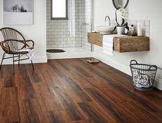 parquet flottant : conseils et idées pour sol de salle de bain ... - Parquet Stratifie Salle De Bain