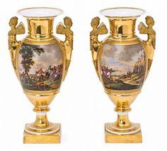 Pair of French Empire porcelain vases, 19th century Cartelas con paisajes 37x18x13,5 cm