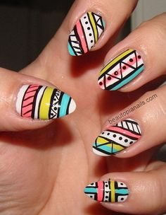Fashionable and holiday-appropriate nail art!