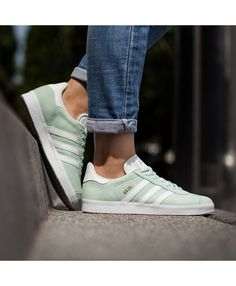 hot sale online a5c01 28aa6 Womens Adidas Gazelle Utility Green Trainer Adidas series is now very  popular style shoes, popular design and stylish appearance, is definitely  your best ...