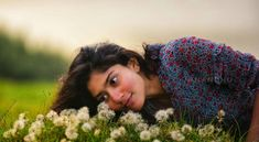 Mom Daughter Tattoos, Tattoos For Daughters, South Heroine, Sai Pallavi Hd Images, Indian Women Painting, Song Images, Indian Heroine, Background Images For Editing, Cute Girl Poses