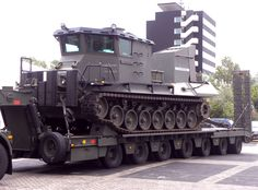 Beach_Armoured_Recovery_Vehicle_(BARV).jpg 925×684 pixels