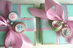 Vintage Gift Wrapping - great color combo