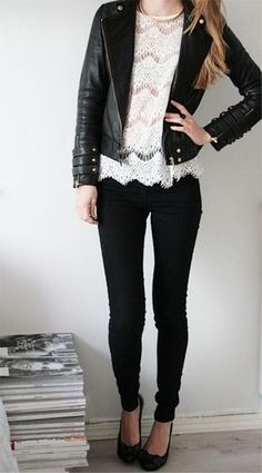 Women's fashion | White crochet shirt, leather jacket, skinnies and heels