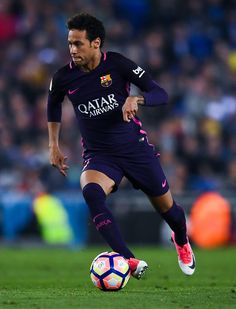 of FC Barcelona runs with the ball during the La Liga match between RCD Espanyol and FC Barcelona at the RCDE Stadium on April 2017 in Barcelona, Spaain. - RCD Espanyol v FC Barcelona - La Liga Neymar Jr, Cr7 Messi, Neymar Football, Ronaldo Juventus, Lionel Messi, Cristiano Ronaldo, Neymar Barcelona, Barcelona Players, Barcelona Soccer