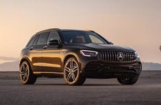 2021 Mercedes-Benz Glc-Class review Luxury Car Brands, Luxury Suv, Glc Mercedes, Compact Suv, Head Up Display, Fuel Economy, Rear Seat, New Toys, Automatic Transmission