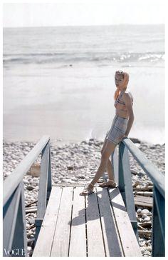 Woman at the Beach – Condé Nast Archive – Photo Cecil Beaton – 1949 – Vogue