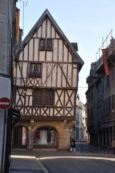 Maison médiévale / Dijon / Bourgogne