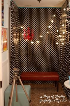 Diy photo booth an inexpensive route photo booth backdrop how to make a diy photo booth do it yourself tutorial solutioingenieria Images