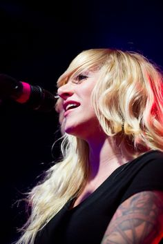 Sarah Blackwood of Walk Off The Earth at Samsung Galaxy S4 Launch. Photography by JJ Thompson / medianeeds.ca