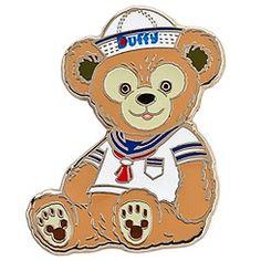Duffy the Disney Bear - Pin Trading