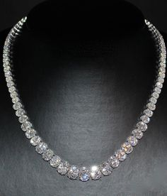 Diamond Necklace 18k white Gold 24.45 carats (E-VS) 729 diamonds, Italy made B&B AS